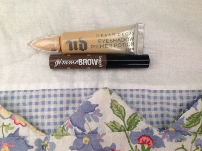 Brows_EyePrimer